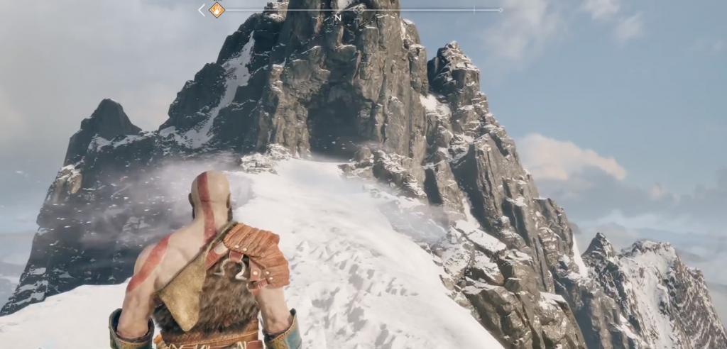 Ein schöner Tag um auf dem Schneebedeckten Berg zu kämpfen